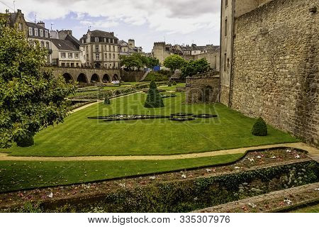 Vannes, Brittany, France - May 30: Vintage City Walls And Park Of Old Town On 30 May 2019 In Vannes,