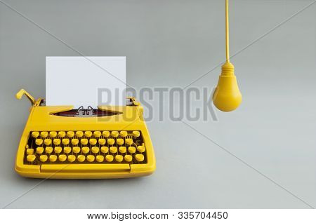 Vintage Typewriter, Creativity