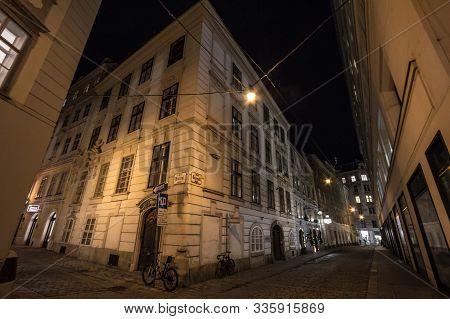 Vienna, Austria - November 6, 2019: Steindlgasse Street, A Typical Narrow Street Of Innere Stadt, Th