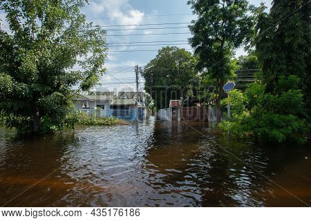 1,oct,2021,lopburi Thailand,houses In Thailand Flooded By Wild Water As A Storm Known As
