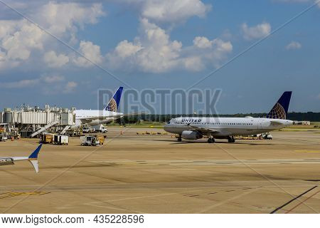20 September 2021 Houston, Tx Usa: Passenger Aircraft At The In Busch International Airport In Houst