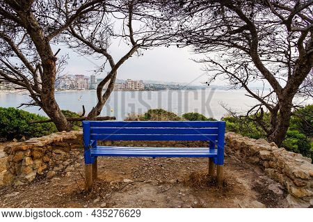 Bench To Sit And Contemplate The Seascape With The City By The Sea. Calpe Alicante.