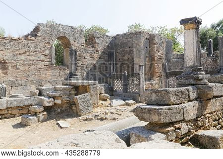 The Archaeological Site Of Ancient Olympia In Greece, Birthplace Of The Olympic Games - Unesco World