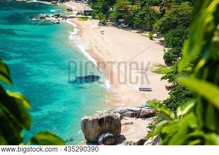 Tanote Beach, Koh Tao, Thailand