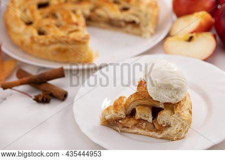 Autumn Apple Pie And A Slice Of Ice Cream Pie. Apple Pie, Cinnamon, Apples And Autumn Leaves