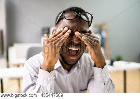 Eye Burning Pain Spasm And Fatigue. Cataract Symptoms