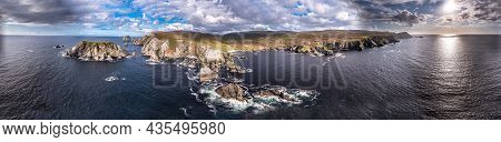 The Amazing Coastline At Port Between Ardara And Glencolumbkille In County Donegal - Ireland