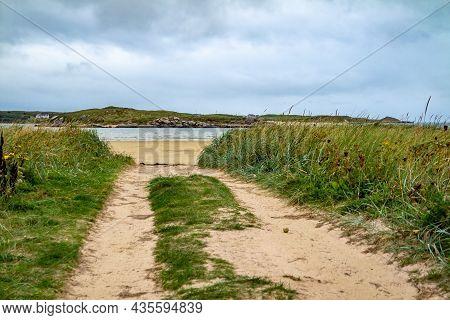 Bunbeg Beach With Bad Eddie In The Background, Bunbeg, Co. Donegal, Ireland