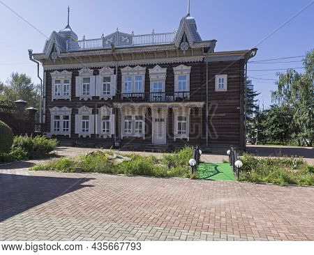 Irkutsk, Russia - August 28, 2021:  Old Wooden House. The House Was Renovated And Moved Into The Mus