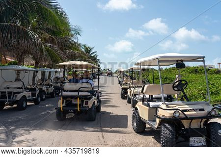 Isla Mujeres, Cancun, Mexico - September 13, 2021: Golf Carts In A Raw At Punta Sur On Isla Mujeres