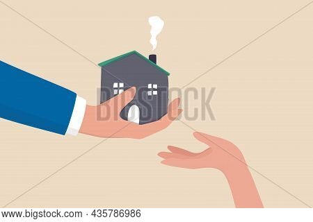 Inherit House Or Real Estate From Parents, Financial Advisor On Legacy Planning, Passing An Inherita