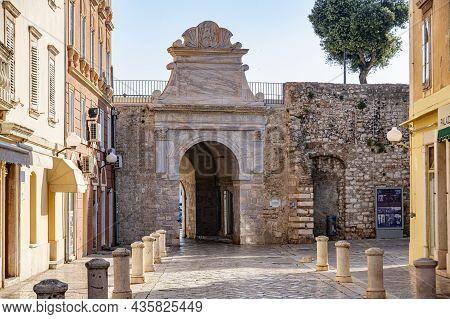 Zadar, Croatia - July 29, 2021: The Old City Gate In Old Town In Zadar, Croatia .