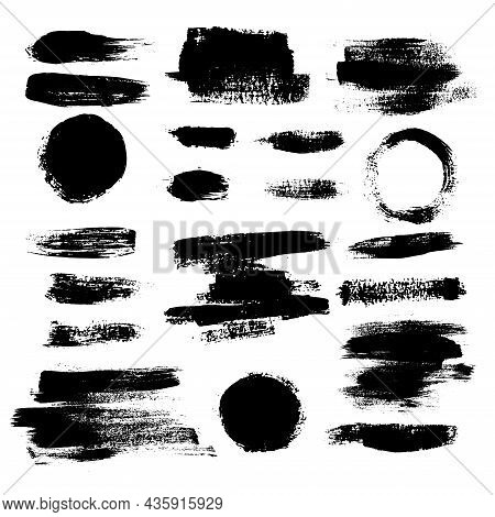 Brush Strokes Black Set In Line Art Style On White Background. Artistic Grungy Creative Brush Stroke