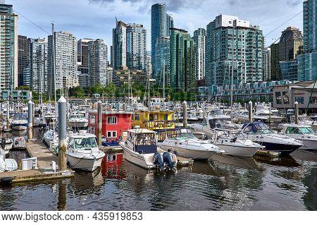 Vancouver, British Columbia, Canada - June 02, 2018. Marina And Skyscrapers Of Coal Harbour. Vancouv