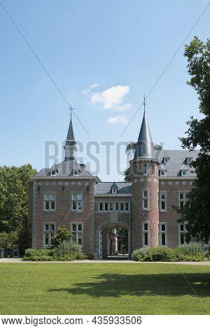 Hasselt, Limburg, Belgium 16-07-2021. Fragment Of A Neo-romanesque Castle In The Bocrijk Park In Bel