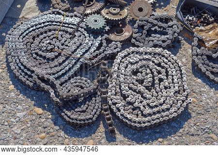Chains In Roll For Machine Spare Parts