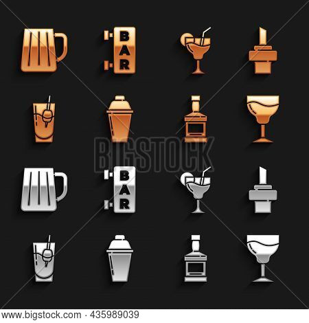Set Cocktail Shaker, Wooden Cork For Wine, Wine Glass, Whiskey Bottle, Bloody Mary, Beer Mug And Str