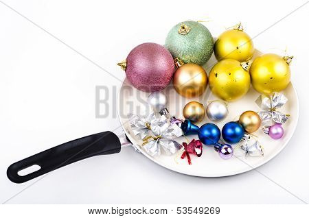 Christmas Decorations On Skillet