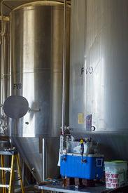 L.i. Micro Brewery 2 0609