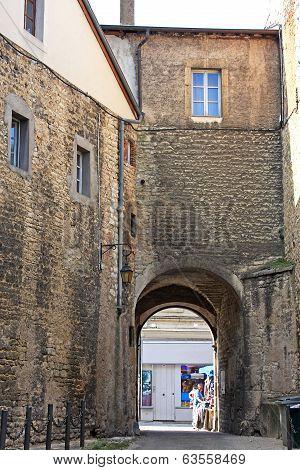 Street in Dole