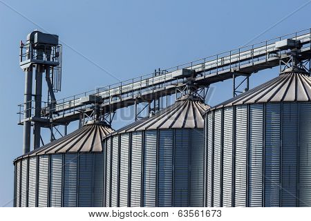 silos for agricultural goods in a warehouse
