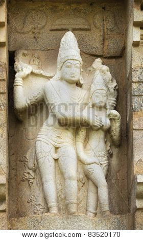 Lord Shiva And Devi Parvati Statue.