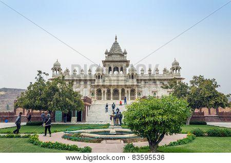 Jodhpur, India - January 1, 2015: Tourist Visit The Jaswant Thada Mausoleum In Jodhpur, India.