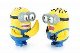 Minion Dave Give Banana To Minion.
