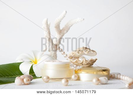 Nameless Cosmetic Container And Pearl In Shell Decorated With Pearl Necklace