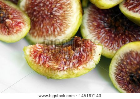 Ripe sweet figs, cut into small pieces