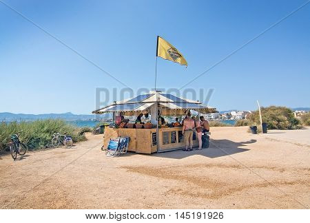 Small Beach Hut Cafe