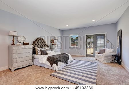 Retro Style Bedroom In Pastel Tones With Vintage Furniture