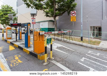 SINGAPORE - JUNE 26 2015 : Valet car parking.