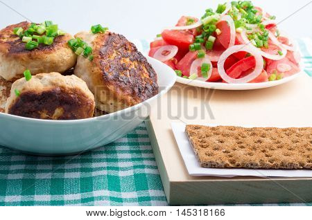 Chicken Rissole, Salad Of Fresh Tomatoes And Rye Hardtack