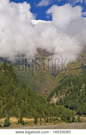Annapurna Cirkut Trek. The Most Beautiful Trekking On The Himalaya Mountains