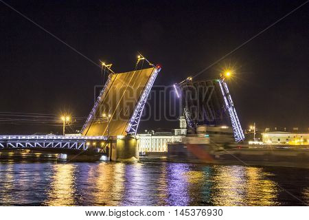 movable bridges of St. Petersburg, sight, river Neva