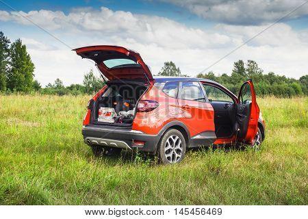Renault Kaptur With Open Doors