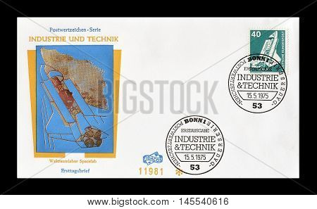 GERMANY - CIRCA 1975 : Cancelled First Day Cover letter printed by Germany, that shows Rocket.