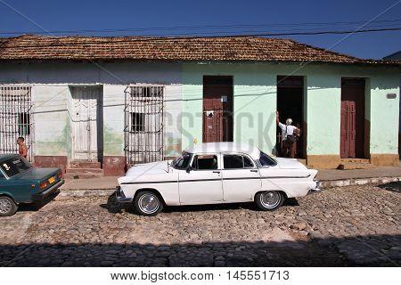 Cuba Old Auto