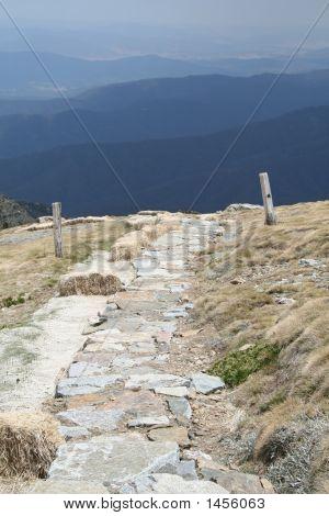 Main Range Walk