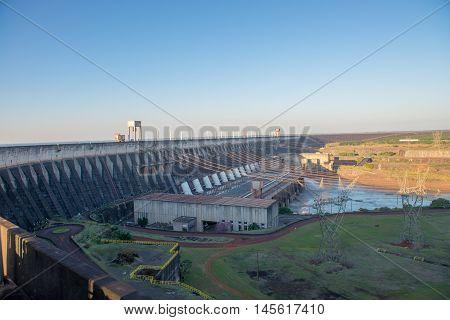 Itaipu Dam Viewpoint In Foz Do Iguazu