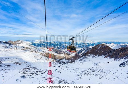 Cable car going to Kitzeinhorn peak, kaprun
