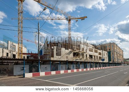 MOSCOW - JUNE 10 2016:Construction of a new building for the State Tretyakov Gallery Kadashevskaya embankment at the intersection of the alley and Lavrushinsky