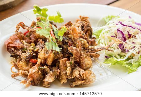 deep fried soft shell crab with black pepper sauce