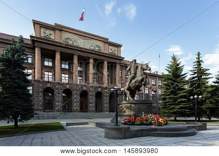 Monumental Stalin building with the monument to the soldiers in Yekaterinburg.