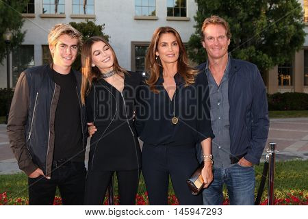 LOS ANGELES - AUG 31:  Presley Gerber, Kaia Gerber, Cindy Crawford, Rande Gerber at the