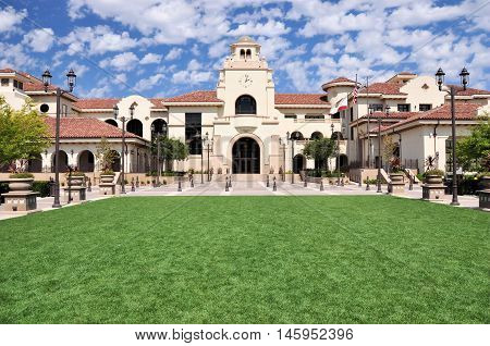 A green lawn frames this view of Temecula City Hall in southern California.