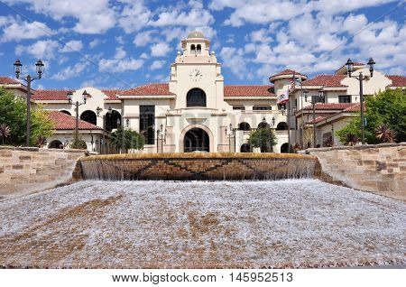 A fountain frames this view of Temecula City Hall in southern California.