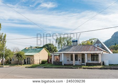 Lady Grey, South Africa - March 29, 2018: Historic Houses In Lady Grey In The Eastern Cape Province.