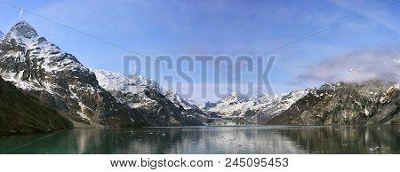 John Hopkins Glacier With Mount Orville And Mount Wilbur In The Background, Glacier Bay, Alaska, Usa